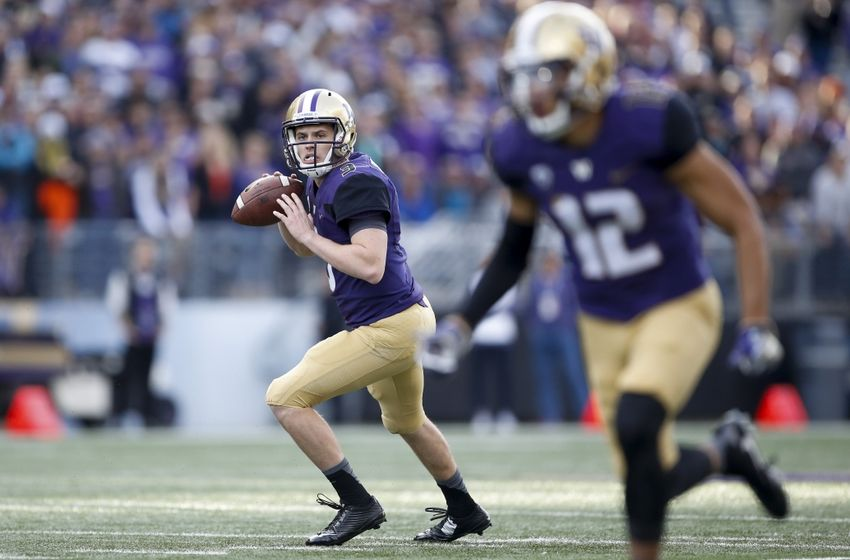 Oct 22, 2016; Seattle, WA, USA; Washington Huskies quarterback Jake Browning (3) eyes wide receiver Aaron Fuller (12) for a touchdown against the Oregon State Beavers during the first quarter at Husky Stadium. Mandatory Credit: Jennifer Buchanan-USA TODAY Sports