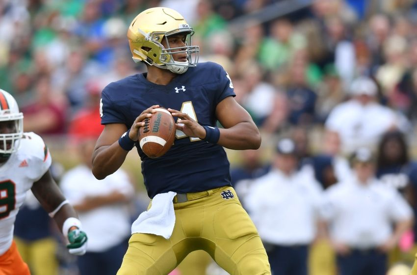 Oct 29, 2016; South Bend, IN, USA; Notre Dame Fighting Irish quarterback DeShone Kizer (14) looks to throw in the first quarter against the Miami Hurricanes at Notre Dame Stadium. Mandatory Credit: Matt Cashore-USA TODAY Sports