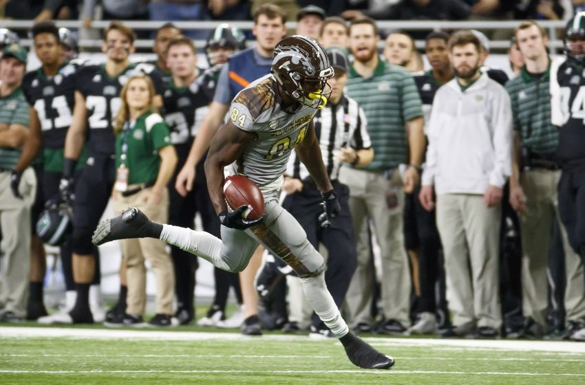 Dec 2, 2016; Detroit, MI, USA; Western Michigan Broncos wide receiver Corey Davis (84) runs the ball for a touchdown in the first half against the Ohio Bobcats at Ford Field. Mandatory Credit: Rick Osentoski-USA TODAY Sports