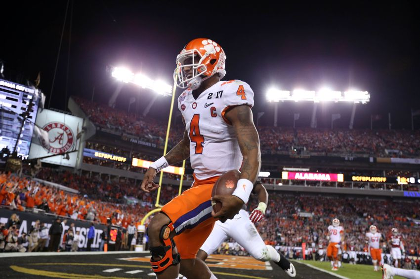 9800576-deshaun-watson-ncaa-football-cfp-national-championship-clemson-vs-alabama