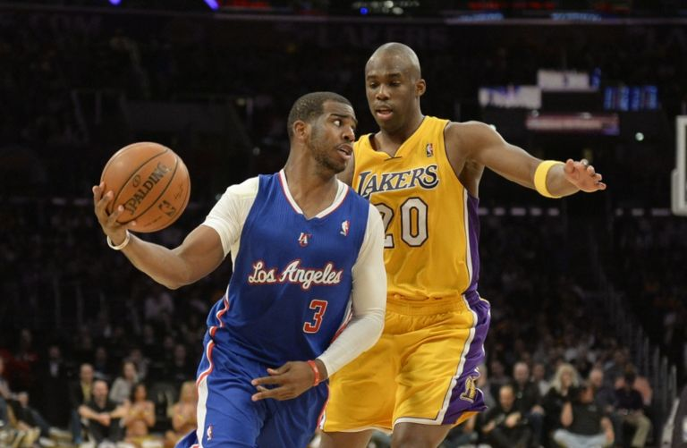 Chris-paul-jodie-meeks-nba-los-angeles-clippers-los-angeles-lakers-768x0