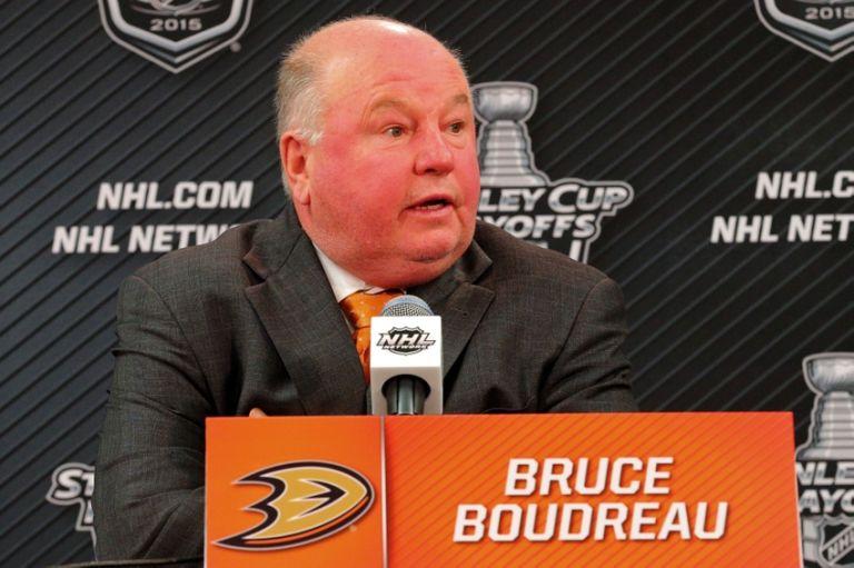 Bruce-boudreau-nhl-stanley-cup-playoffs-anaheim-ducks-chicago-blackhawks-768x511