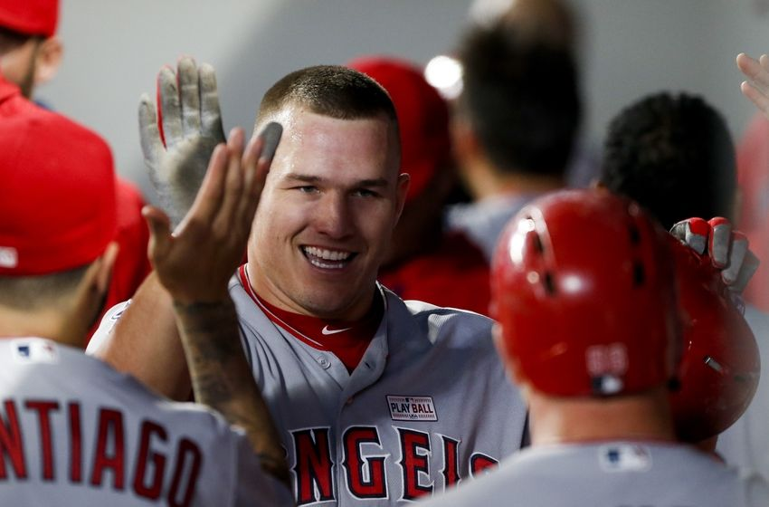Mike-trout-mlb-los-angeles-angels-seattle-mariners-850x560