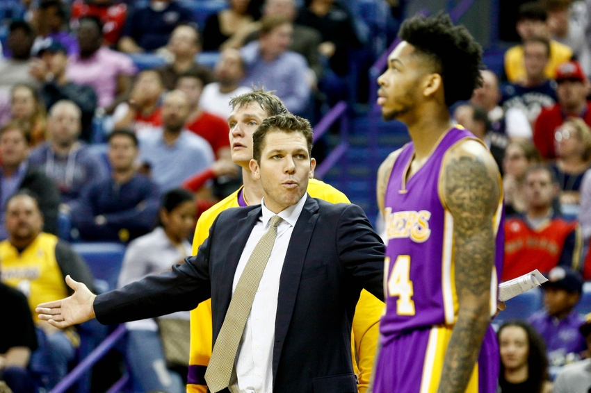 9712679-luke-walton-nba-los-angeles-lakers-new-orleans-pelicans