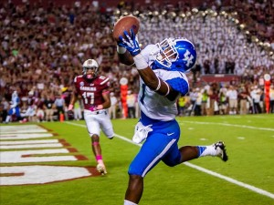 Oct 5, 2013; Columbia, SC, USA; Kentucky Wildcats running back Ryan Timmons (1) makes a touchdown reception in the fourth quarter at Williams-Brice Stadium. Image Credit: Jeff Blake-USA TODAY Sports