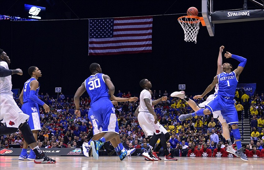 Calipari S Kentucky Wildcats Are Young Streaky And Loaded: Kentucky Wildcats Vs Louisville Cardinals Photo Gallery