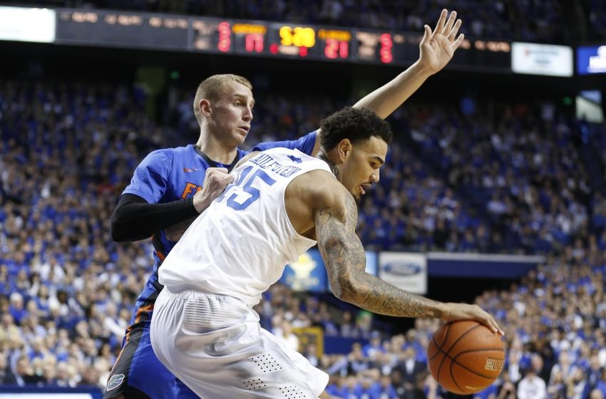 The Undefeated Kentucky Wildcats: Kentucky Wildcats Top Florida Gators To Improve To 31-0
