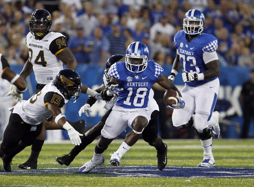 9517804-southern-mississippi-golden-eagles-ncaa-football-southern-mississippi-kentucky