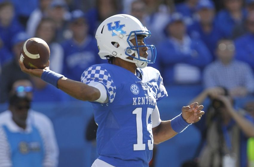 Oct 8, 2016; Lexington, KY, USA; Kentucky Wildcats quarterback Stephen Johnson (15) passes the ball against the Vanderbilt Commodores in the first half at Commonwealth Stadium. Mandatory Credit: Mark Zerof-USA TODAY Sports