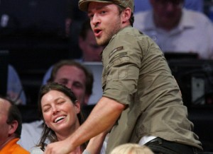 Timberlake Mounts Biel (Huff Post)