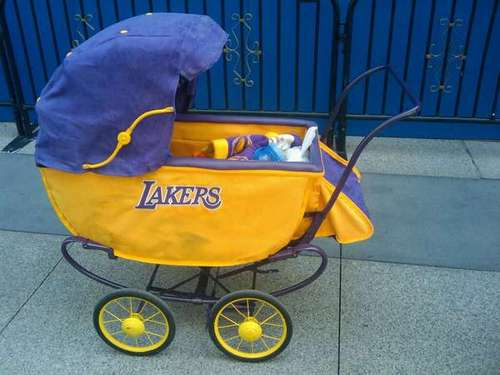 Lakers Stroller (Beto Duran, ESPN 710 AM)