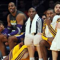 2013-01-16-kobe-bryant-dwight-howard-4_3_rx200_c200x200