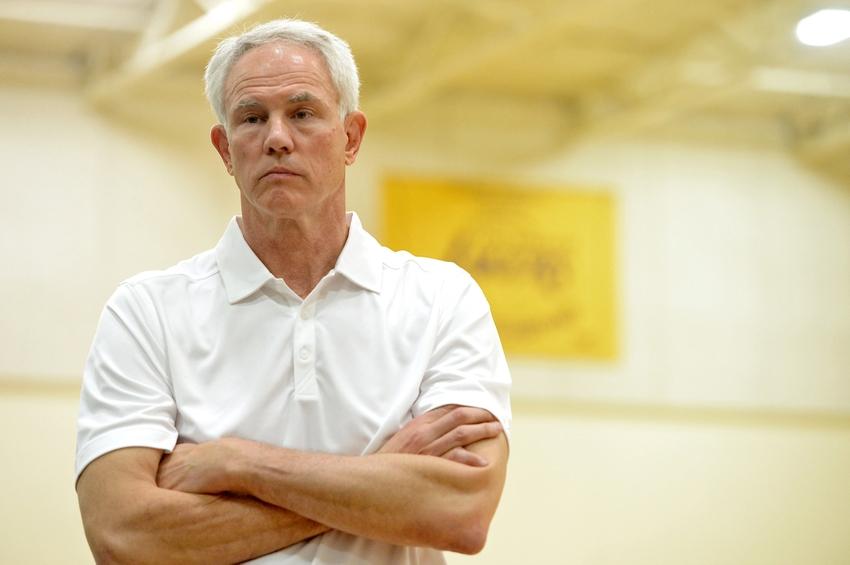 Mitch-kupchak-sports-center-nba-los-angeles-lakers-jeremy-lin-press-conference
