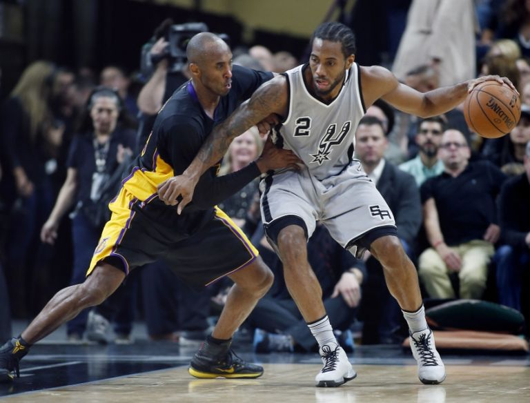 Kobe-bryant-kawhi-leonard-nba-los-angeles-lakers-san-antonio-spurs-768x0