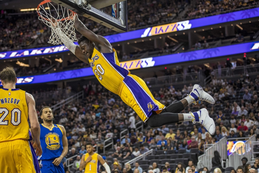9609968-julius-randle-nba-preseason-golden-state-warriors-los-angeles-lakers