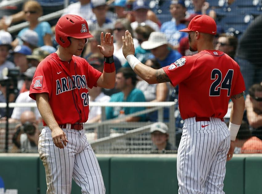 Kyle-lewis-ncaa-baseball-college-world-series-arizona-vs-coastal-carolina