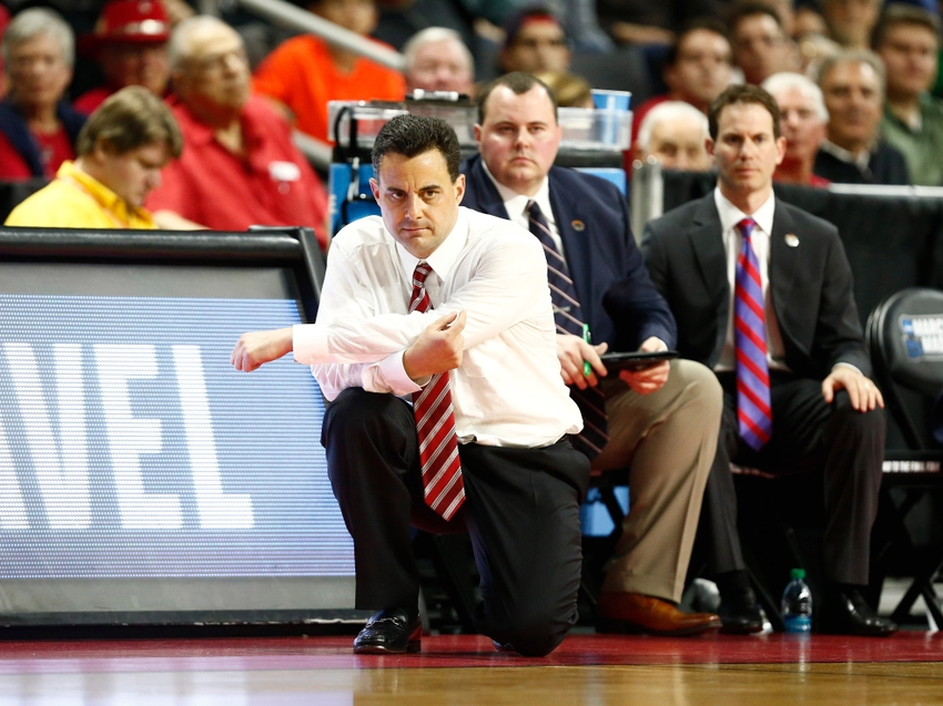 9192933-sean-miller-ncaa-basketball-ncaa-tournament-arizona-vs-wichita-state