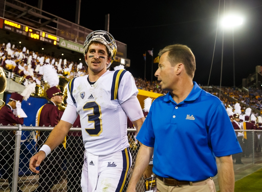 9597459-ncaa-football-ucla-arizona-state