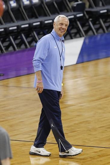 Roy-williams-ncaa-basketball-ncaa-tournament-raleigh-practice