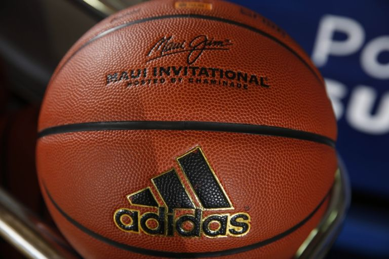 Ncaa-basketball-maui-invitational-game-3-chaminade-silverswords-vs-kansas-jayhawks-768x511