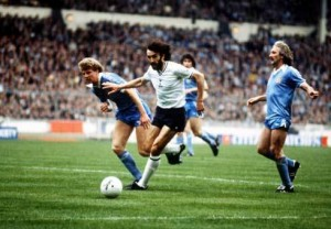 Ricky Villa's 1981 FA Cup winning goal against Manchester City