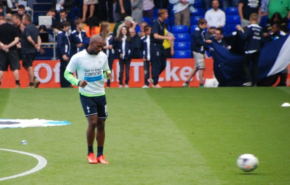 Jermain Defoe on the outside looking in. [Photo: Jav The_DOC_66]
