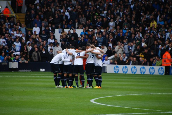 AVB hopes Spurs' spirit will see them through at Villa. [Photo: Jav The_DoC_66]