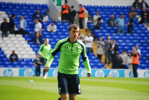 Vlad Chiriches pushing to get into Spurs PL Team. [Photo: Jav The_DoC_66]