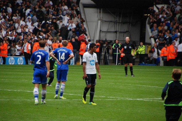 Paulinho against Chelsea [Photo: Jav The_DoC_66]