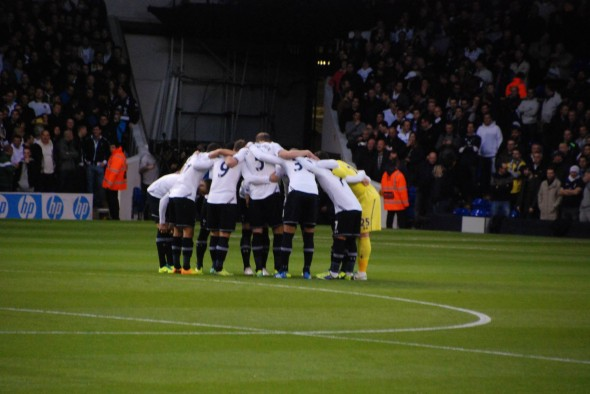 The Tottenham Huddle - we're all in this together [Photo: Jav The_DoC_66]