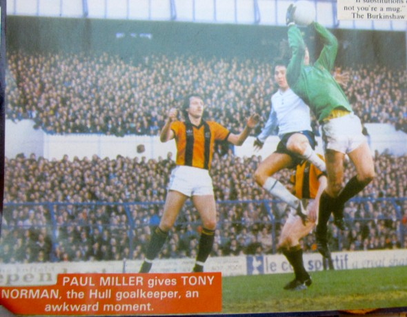 Paul Miller challenges Tony Norman, the Hull goalkeeper [Photograph: Logan Holmes]