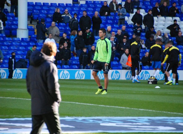 AVB watches Lamela in pre-match preparations [Photo: Jav The_DoC_66]