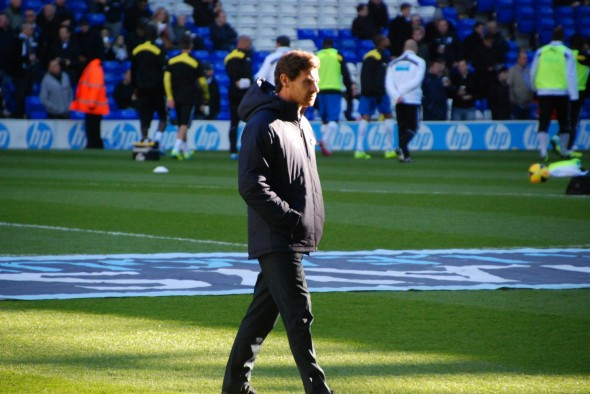 AVB looking ahead [Photo: Jav The_DoC_66]