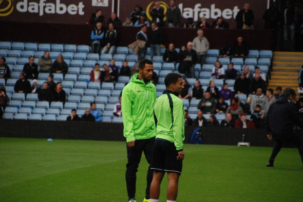 Dembele and Lennon [Photo: Jav The_DoC_66]