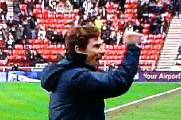 AVB's delight at the final whistle [Photo: Alan Hill]