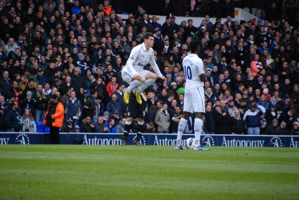 Gareth Bale v Fulham [Photo: Jav The_DoC_66]