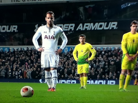 Soldado v Anzhi [Photo: Alan Hill]