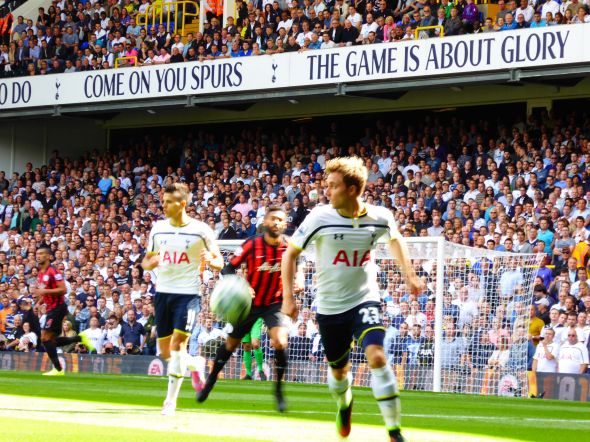 Tottenham v QPR [Photo: Alan Hill]