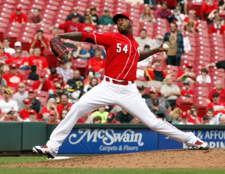 Aroldis-chapman-mlb-pittsburgh-pirates-cincinnati-reds-768x0