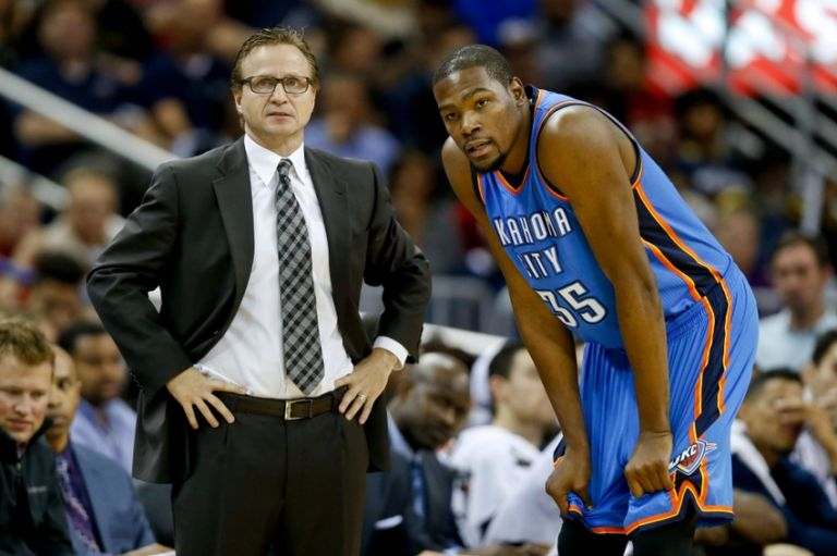 Kevin-durant-scott-brooks-nba-oklahoma-city-thunder-new-orleans-pelicans-768x0
