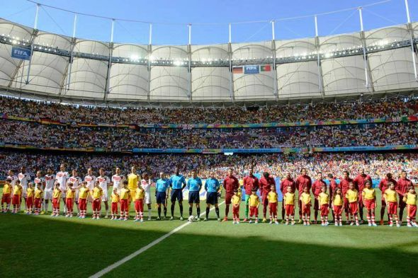 Surely no one expected such a lopsided match wen the anthems were being sung...