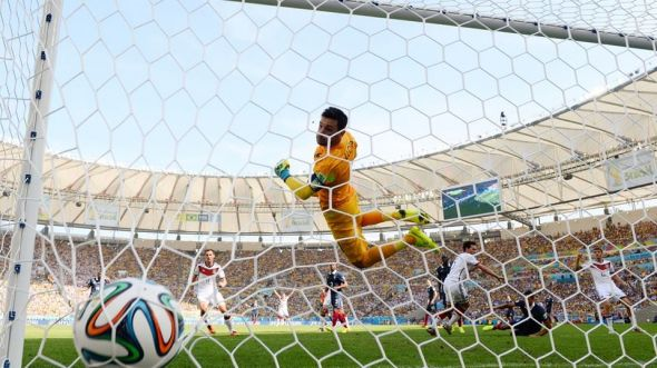Hummels scores on a header in the 12th minute.