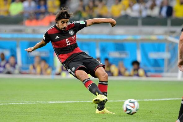 Sami Khedira would provide the perfect midfield reinforcement for Arsenal, a weak spot in their XI for years