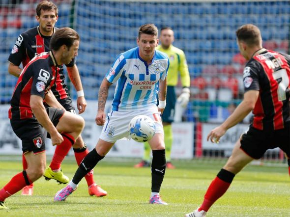 Huddersfield was spanked on Saturday by Bournemouth, 4-0. Afterwards, the board and manager Mark Robins decided it was time to part ways.