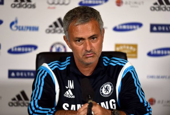 Jose Mourinho made big decisions tonight, starting Thibaut Courtois over fan favorite Petr Cech, and leaving Branislav Ivanovic in the lineup, despite calls for Filipe Luis, a new signing, to start. Both decisions paid off.