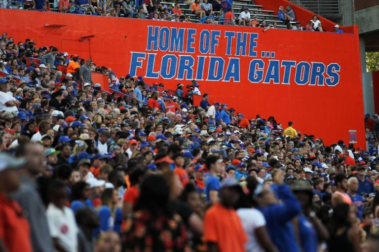 9237839-ncaa-football-florida-spring-game-768x511