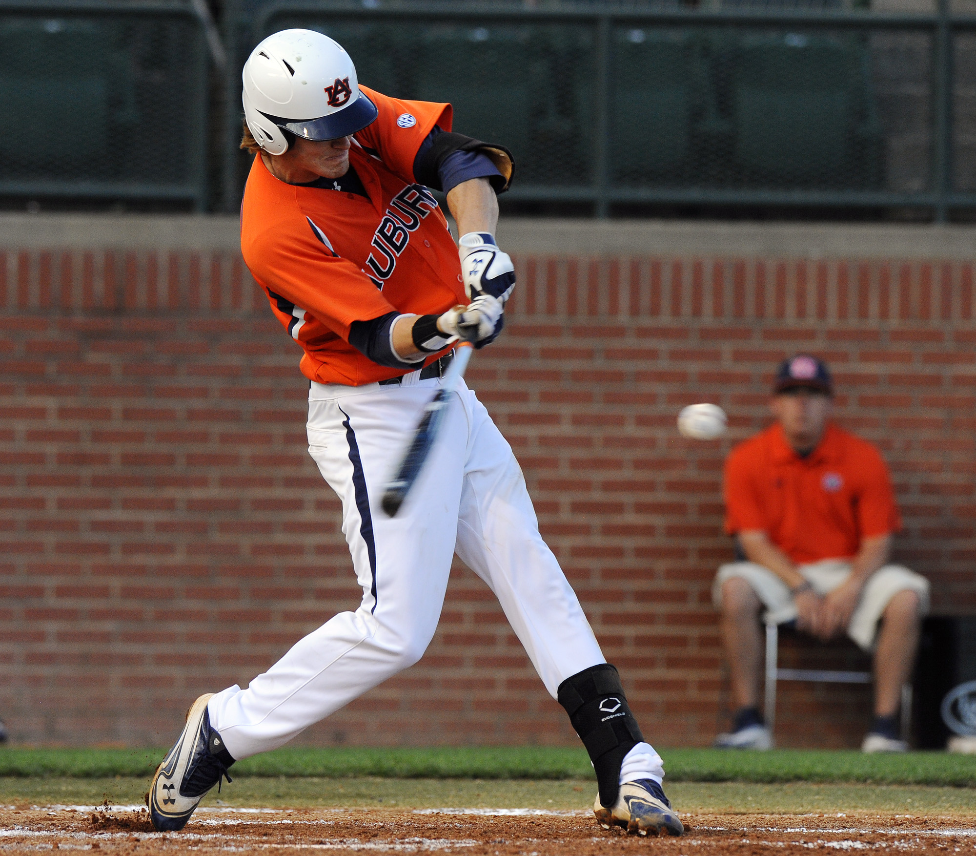 Auburn Baseball Tigers Going For The Sweep Against No 18