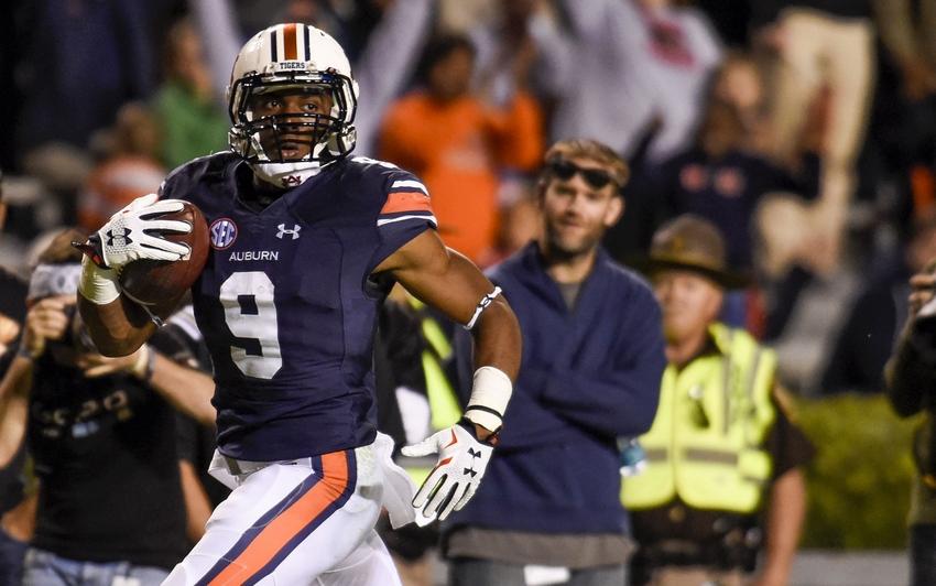 Auburn Football: Playe...