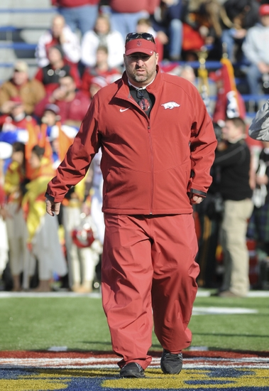 Bret-bielema-ncaa-football-liberty-bowl-kansas-state-vs-arkansas
