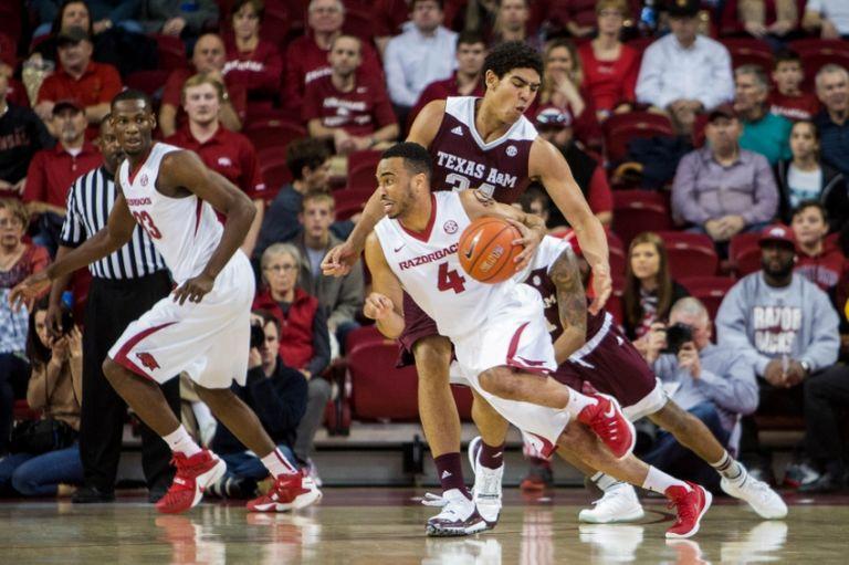 Tyler-davis-ncaa-basketball-texas-a-m-arkansas-768x0